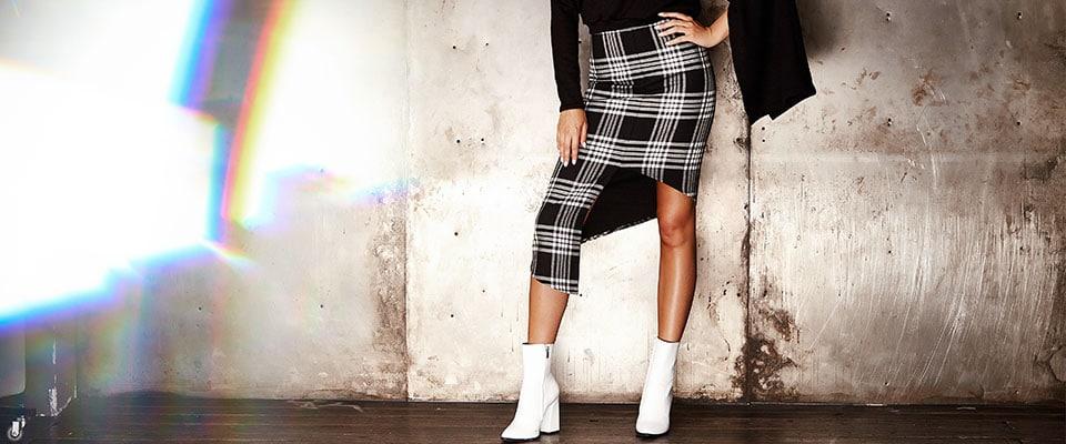 Классическая юбка модельного кроя из курса по пошиву